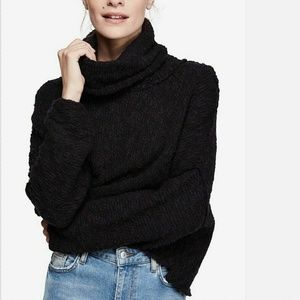 Free People L Black Pullover Sweater 6AP20